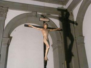 1024px-Crucifix_de_Michel-Ange